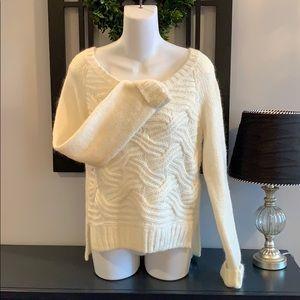 Victoria's Secret Cream Women's Sweater Sz Small